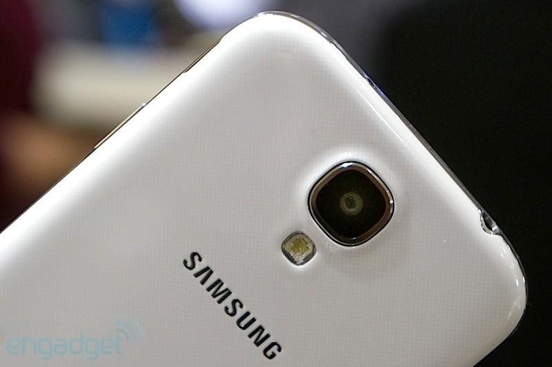 Samsung taglia del 30% i nuovi smartphone nel 2015