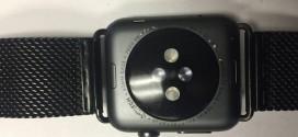 Apple Watch Sport, alcuni segnalano danni al logo e scritte posteriori